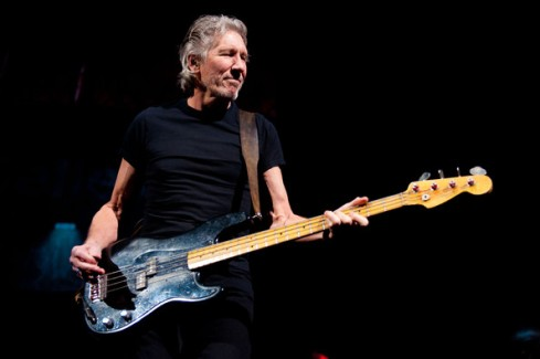 roger-waters-bass